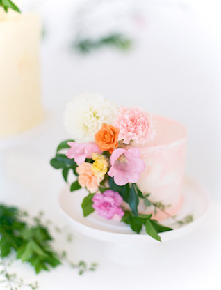 Painted wedding cake with flowers | We Are Origami Photography