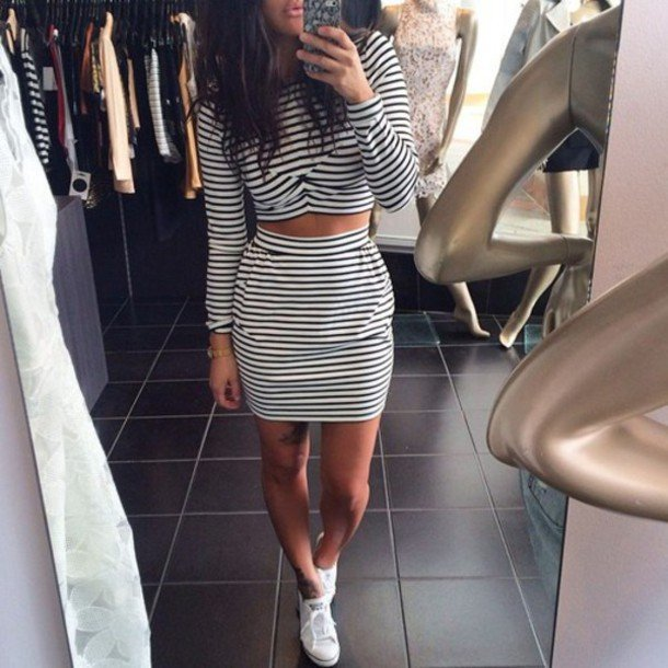cool ways to wear outfits with adidas shoes (29)