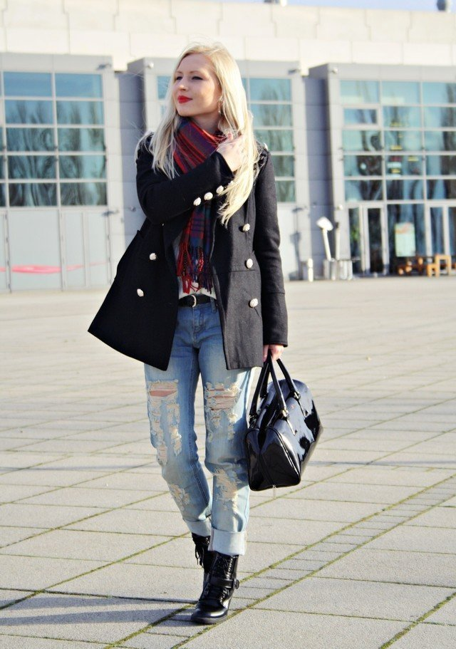 combat boots with boyfriend jeans