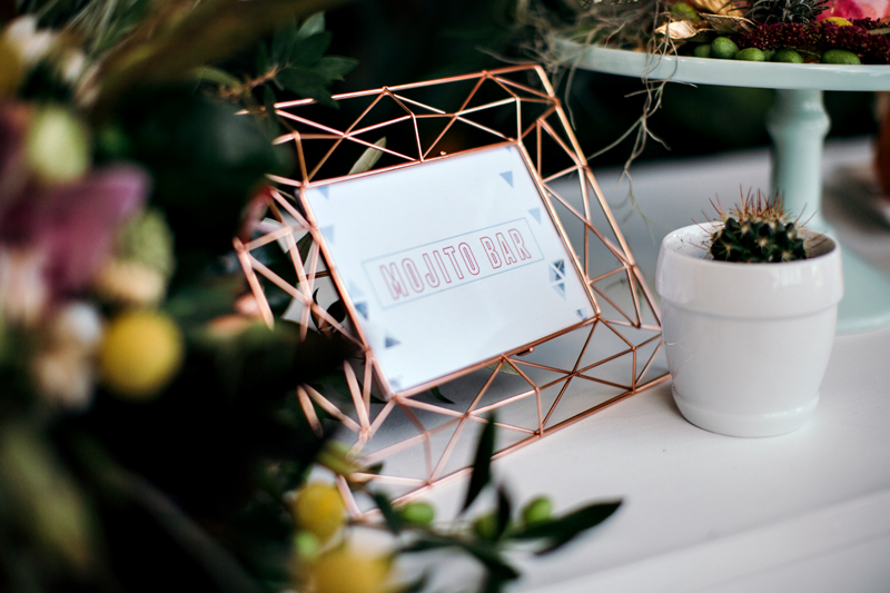 wedding signs - photo by Ivy Road Photography http://ruffledblog.com/palm-springs-inspired-wedding-editorial-from-australia