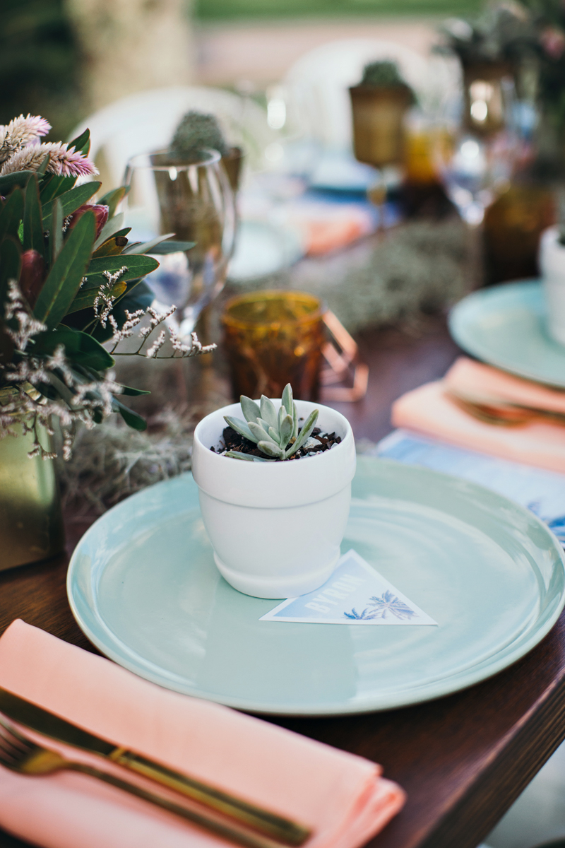 aqua and peach tablescape - photo by Ivy Road Photography http://ruffledblog.com/palm-springs-inspired-wedding-editorial-from-australia
