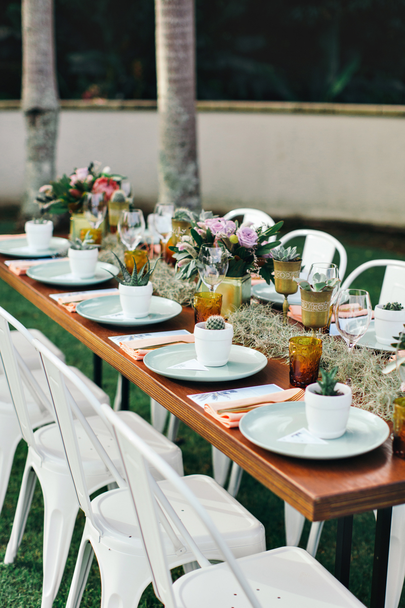 wedding tablescape - photo by Ivy Road Photography http://ruffledblog.com/palm-springs-inspired-wedding-editorial-from-australia