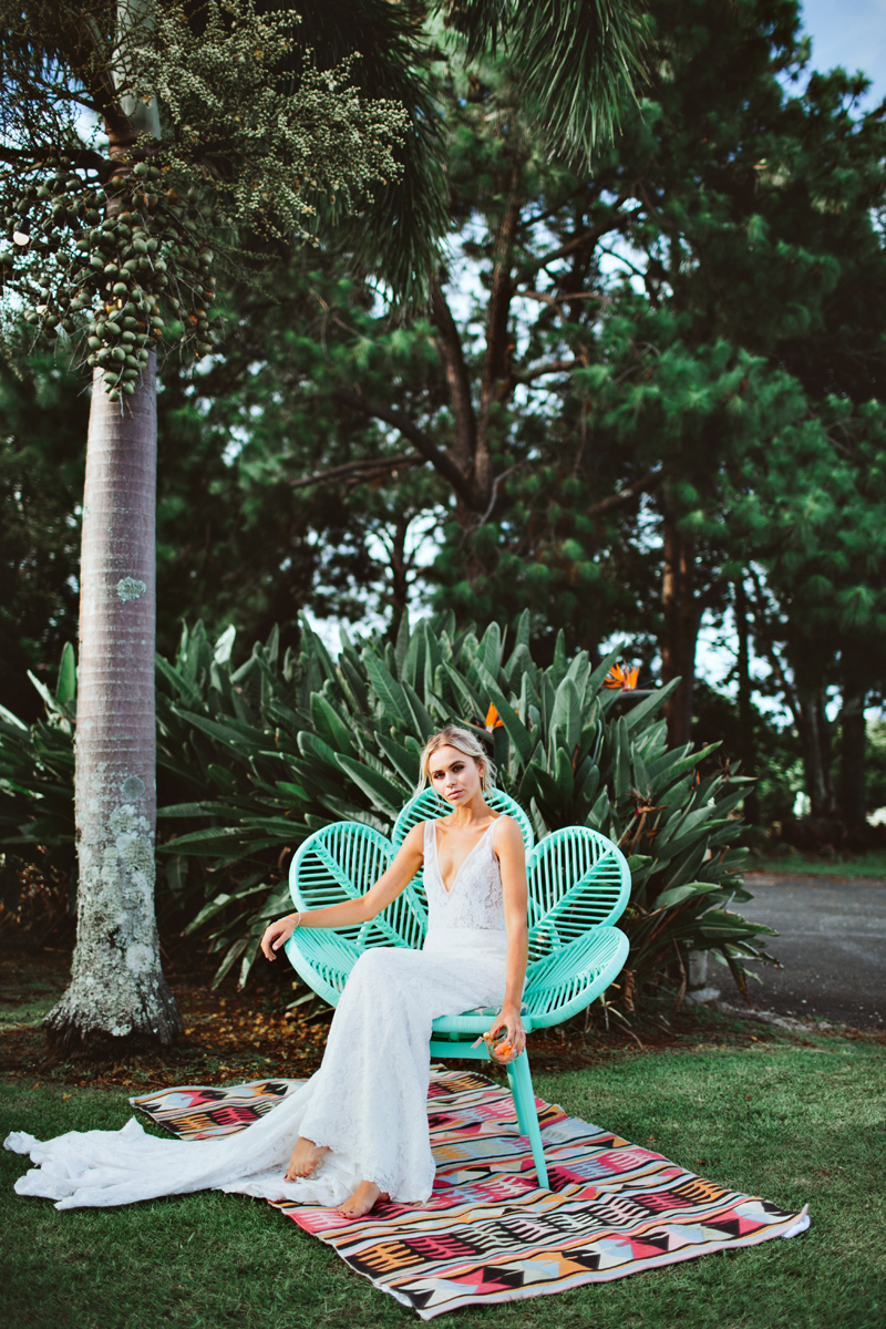 Palm Springs wedding - photo by Ivy Road Photography http://ruffledblog.com/palm-springs-inspired-wedding-editorial-from-australia