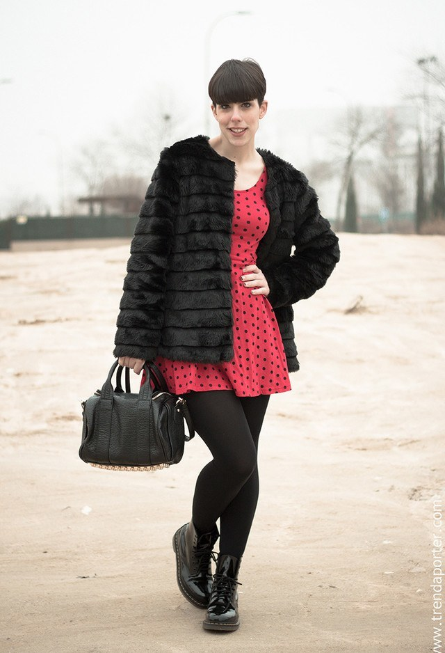 winter outfits to wear with combat boots (9)