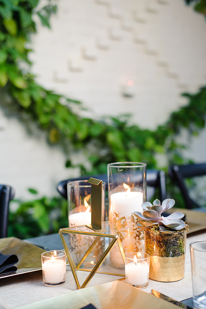 This modern wedding strikes with elegance, chic geometric decor and a cool color combo