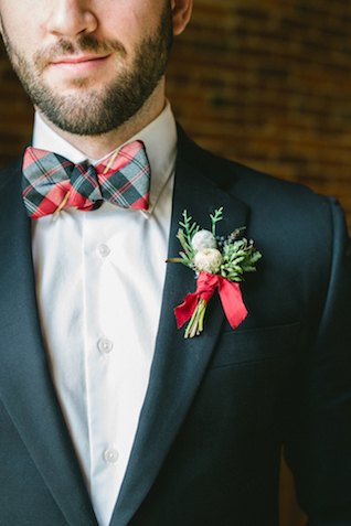 Holiday groom's attire | Amy Donohue Photography