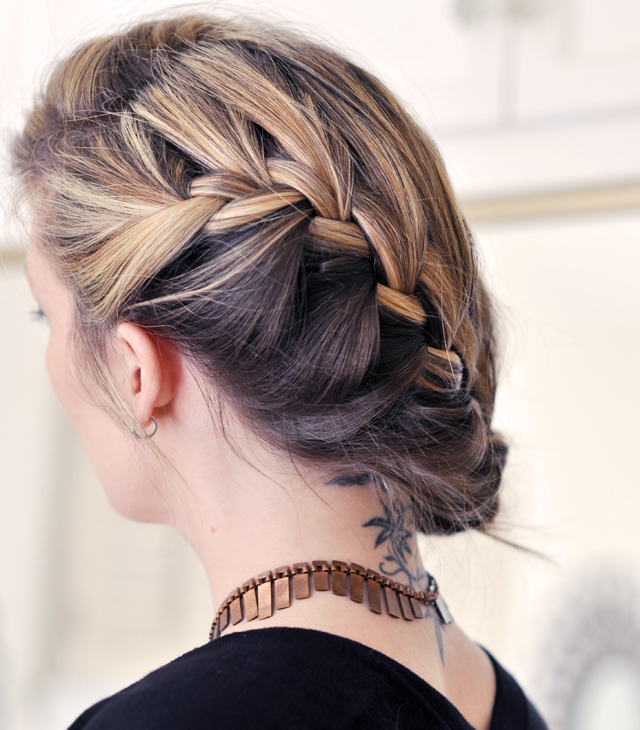 low-french-braid-on-side-hair-tutorial