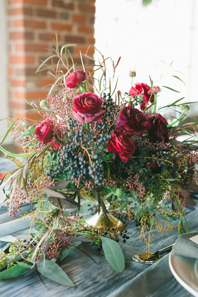 Winter red and berry floral centerpiece | Amy Donohue Photography