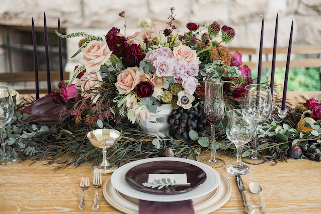 Lavender, purple, and plum fall tablescape | Tara Bielecki Photography