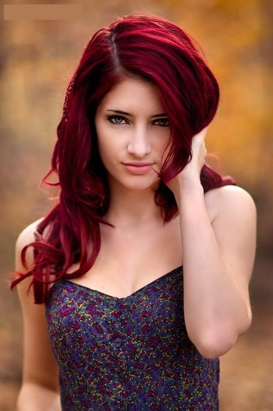 bold hair looks amazing with pale complexion
