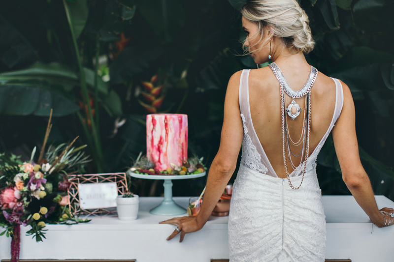wedding jewelry - photo by Ivy Road Photography http://ruffledblog.com/palm-springs-inspired-wedding-editorial-from-australia