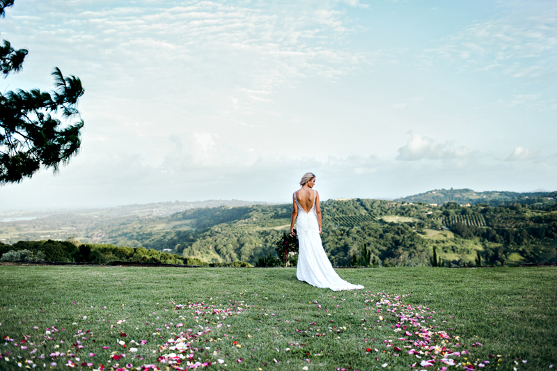 wedding inspiration - photo by Ivy Road Photography http://ruffledblog.com/palm-springs-inspired-wedding-editorial-from-australia