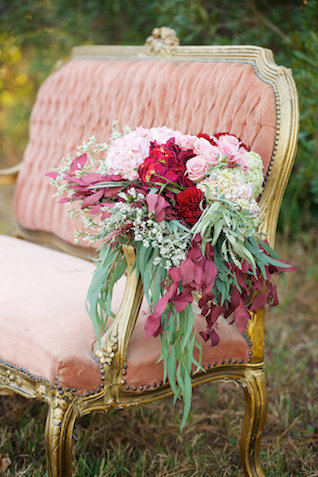 Pink and red cascading bridal bouquet | elovephotos