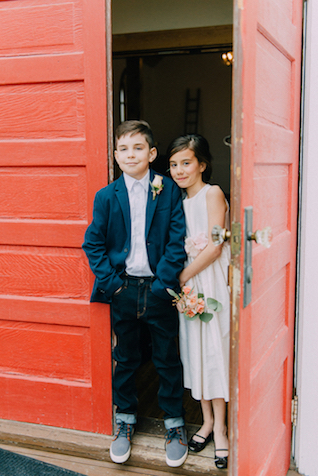 Vintage rural church wedding | GingerSnap Photography