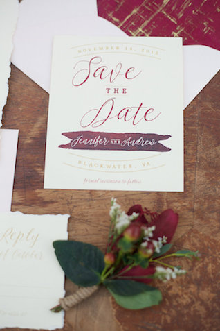 Cranberry save-the-date | elovephotos