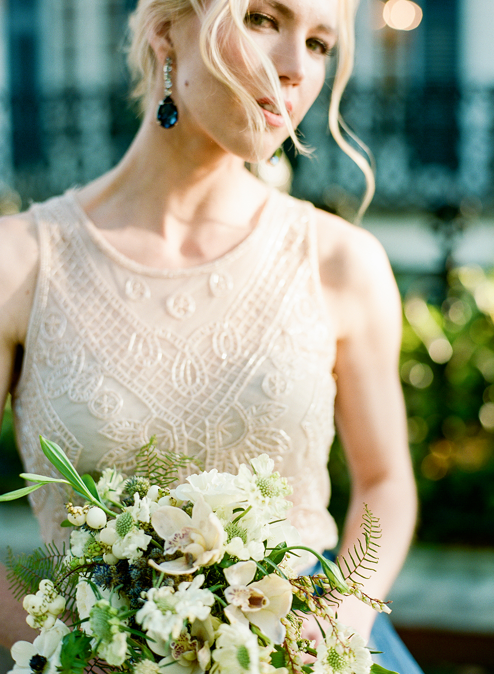 modern bridal looks - photo by Lisa Blume Photography http://ruffledblog.com/cyanotype-inspired-wedding-ideas