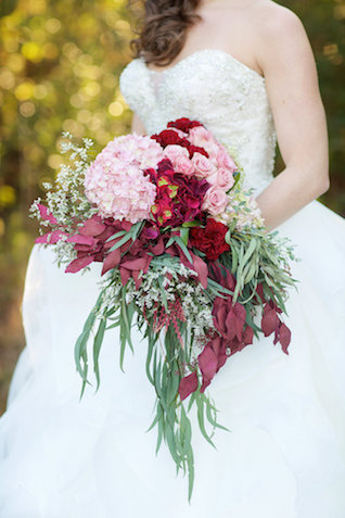 Red and pink cascading bridal bouquet | elovephotos