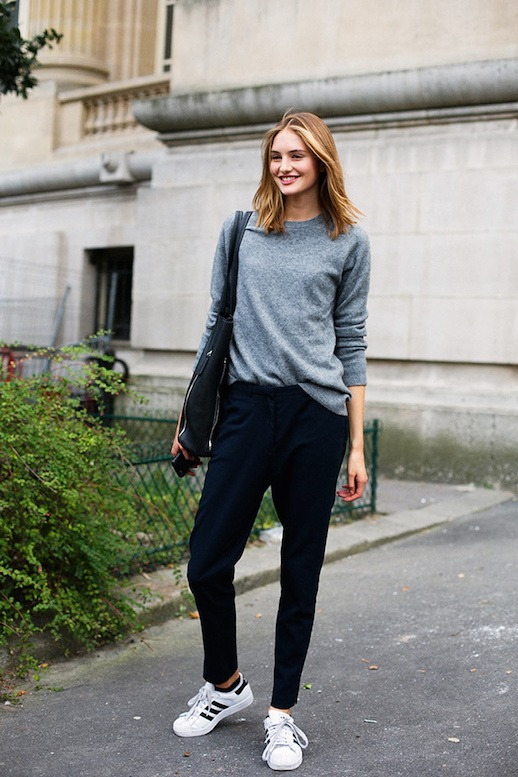 cool ways to wear outfits with adidas shoes (7)
