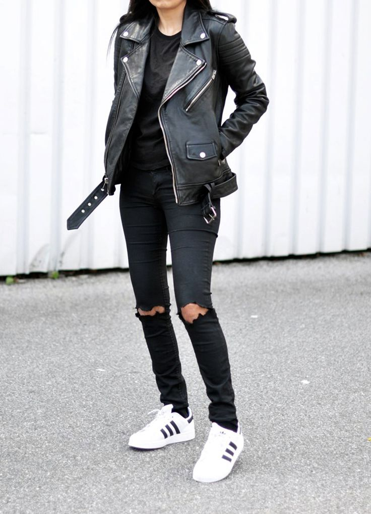 cool ways to wear outfits with adidas shoes (24)