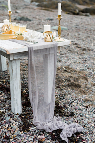 Delicate fabric table runner | KAngell Photography
