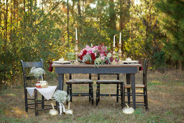 Romantic cranberry and gold forest wedding | elovephotos