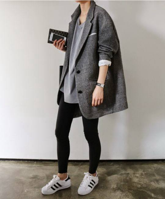 cool ways to wear outfits with adidas shoes (2)