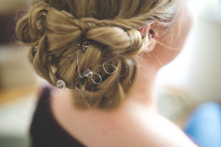 hairstyle-wedding-bride-braided-bun