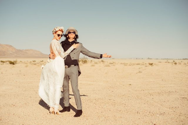 This badass couple was inspired by Fear And Loathing in Las vegas for their wedding