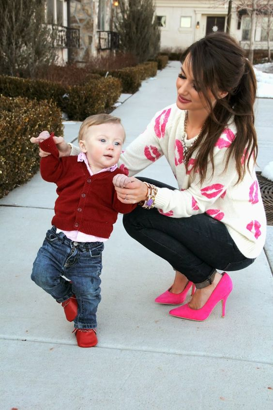 bold pink suede heels and a pink kiss sweater