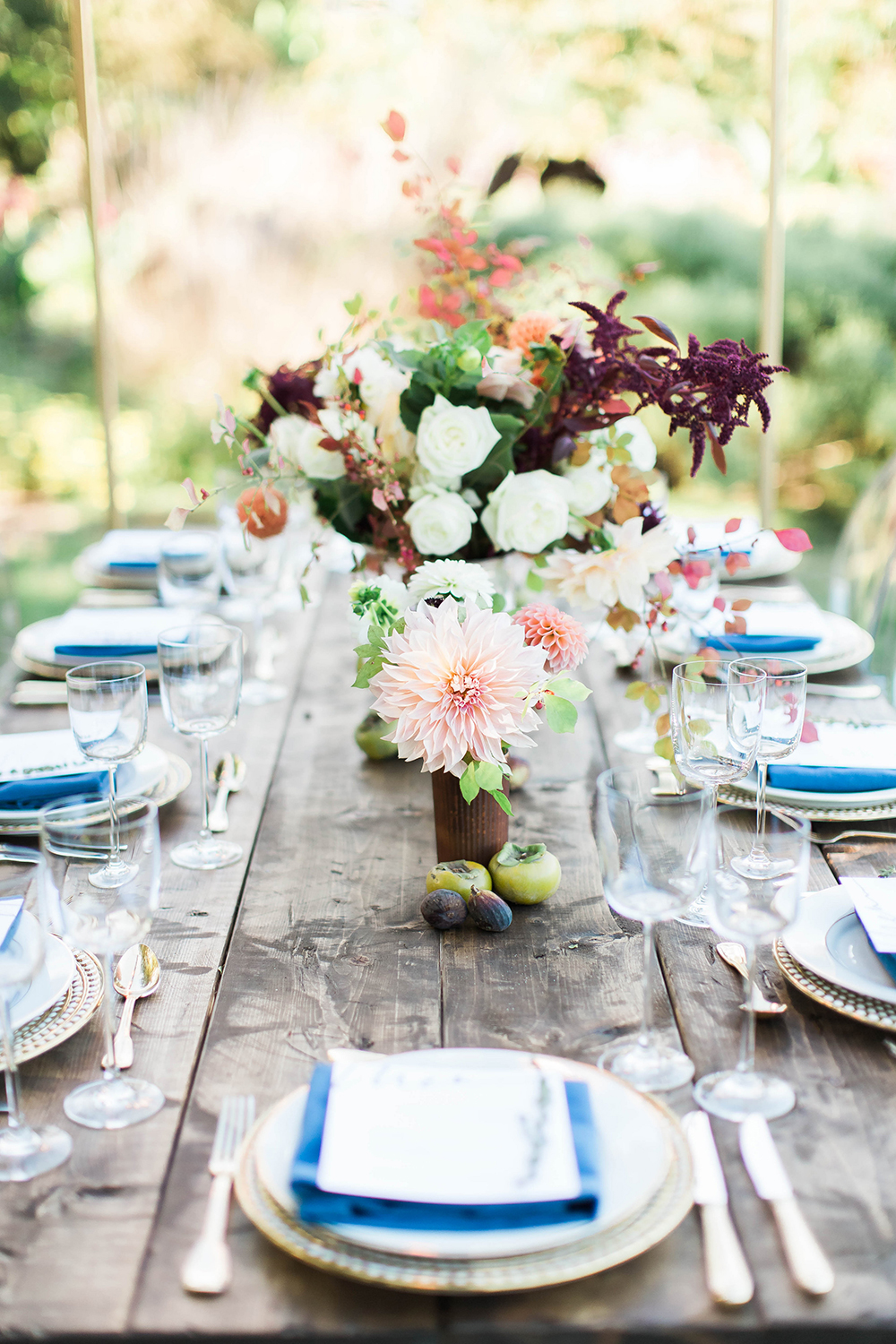tablescape with blue accents - photo by Candice Adelle Photography http://ruffledblog.com/historic-garden-wedding-inspiration