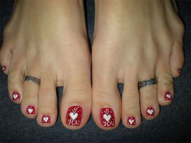 red heart polka dot pedicure