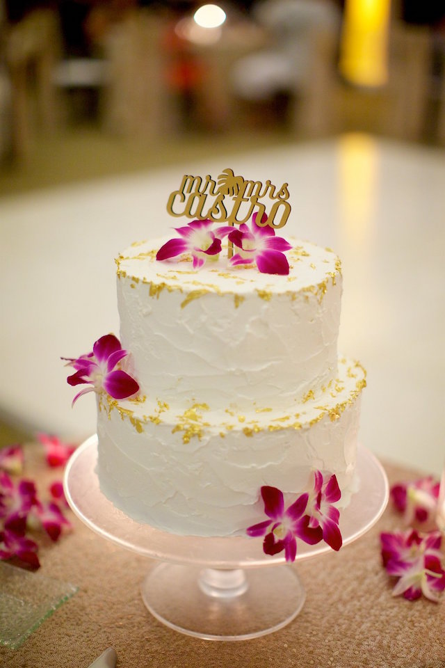 Wedding cake with orchids | Anna Kim Photography