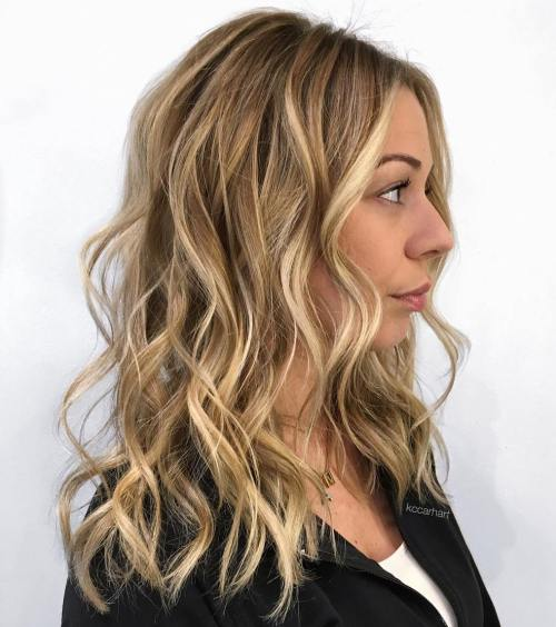 dark blonde bottom color with lighter highlights throughout