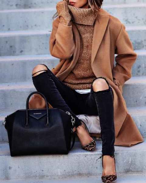 black ripped jeans, an ocher turtleneck, leopard print shoes
