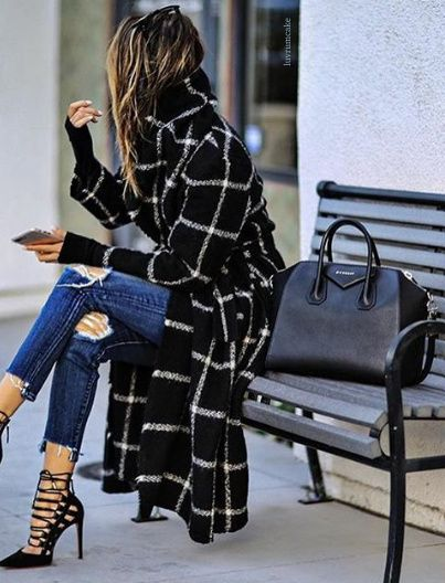 Trench Coat Outfits Women-19 Ways to Wear Trench Coats this Winter (11)