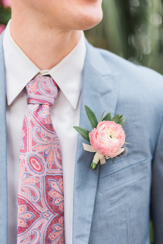 Paisley tie | Brittany Schlamp Photography