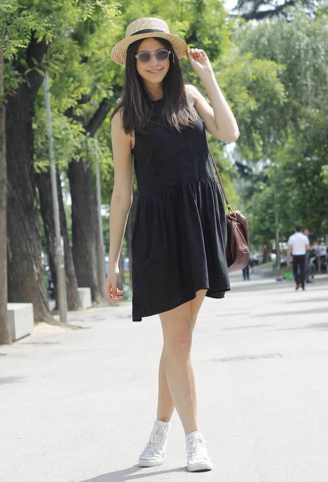 Women Hats to wear with black dresses