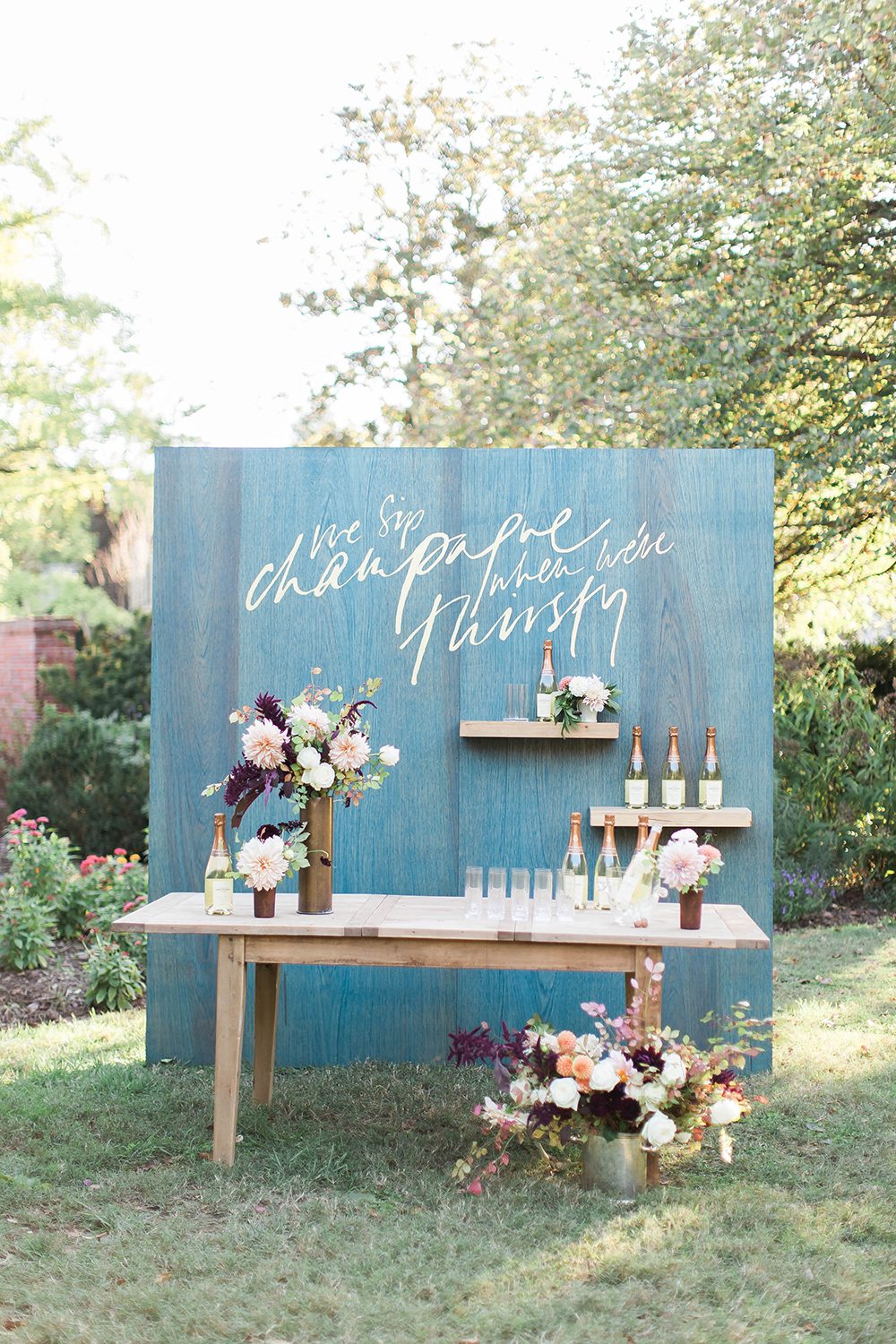 unique painted backdrops - photo by Candice Adelle Photography http://ruffledblog.com/historic-garden-wedding-inspiration
