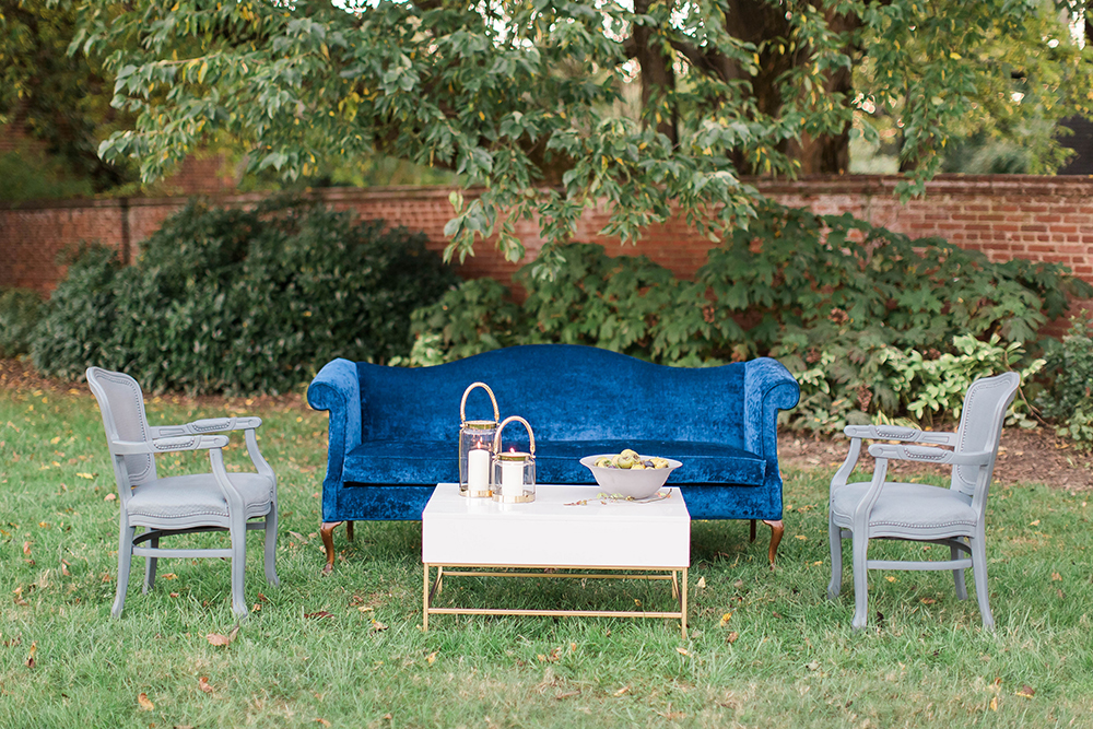 wedding lounge areas - photo by Candice Adelle Photography http://ruffledblog.com/historic-garden-wedding-inspiration