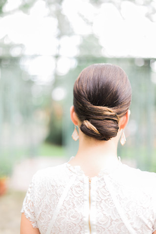 Chic low bun | Brittany Schlamp Photography