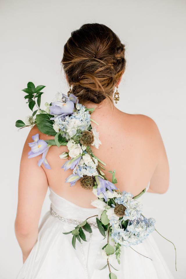 Unique ways to use flowers in your wedding | Grey to Blue Photography