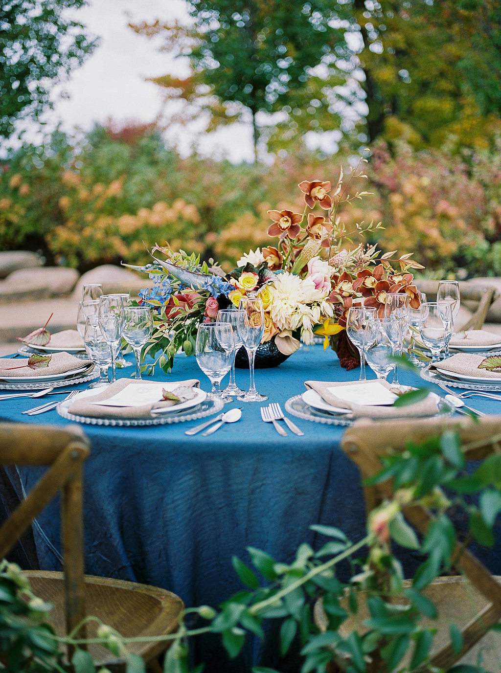 cobalt tablescapes - photo by Alexandra Elise Photography http://ruffledblog.com/cobalt-and-amber-wedding-inspiration