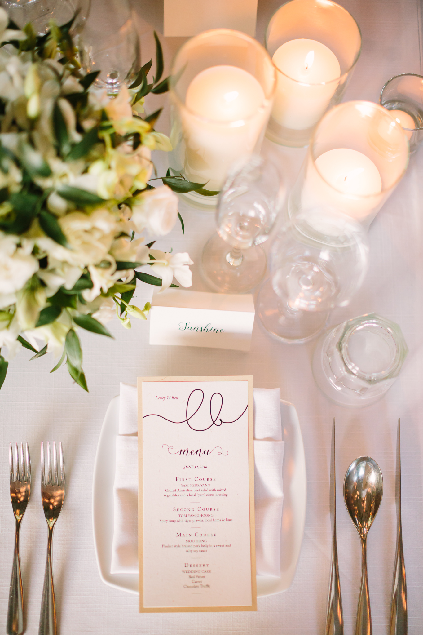 table settings - photo by DarinImages http://ruffledblog.com/this-bride-is-sharing-all-you-need-to-know-about-a-destination-wedding-in-thailand