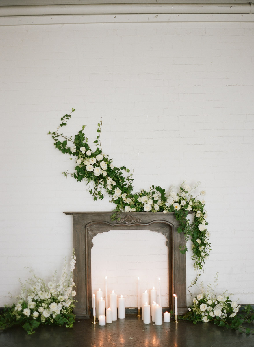 organic wedding inspiration - photo by Qlix Photography http://ruffledblog.com/wedding-elegance-with-understated-beauty