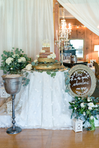 Cake display | Leah Marie Photography