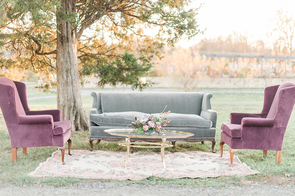 reception lounge areas - photo by Jenny B Photos http://ruffledblog.com/ethereal-wedding-inspiration-with-vintage-accents