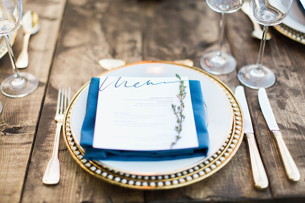 modern table setting - photo by Candice Adelle Photography http://ruffledblog.com/historic-garden-wedding-inspiration