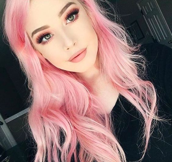 soft pink hair with a pink smokey eye and lipsticks - just wow