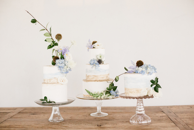 Trio of hand-painted cakes | Grey to Blue Photography
