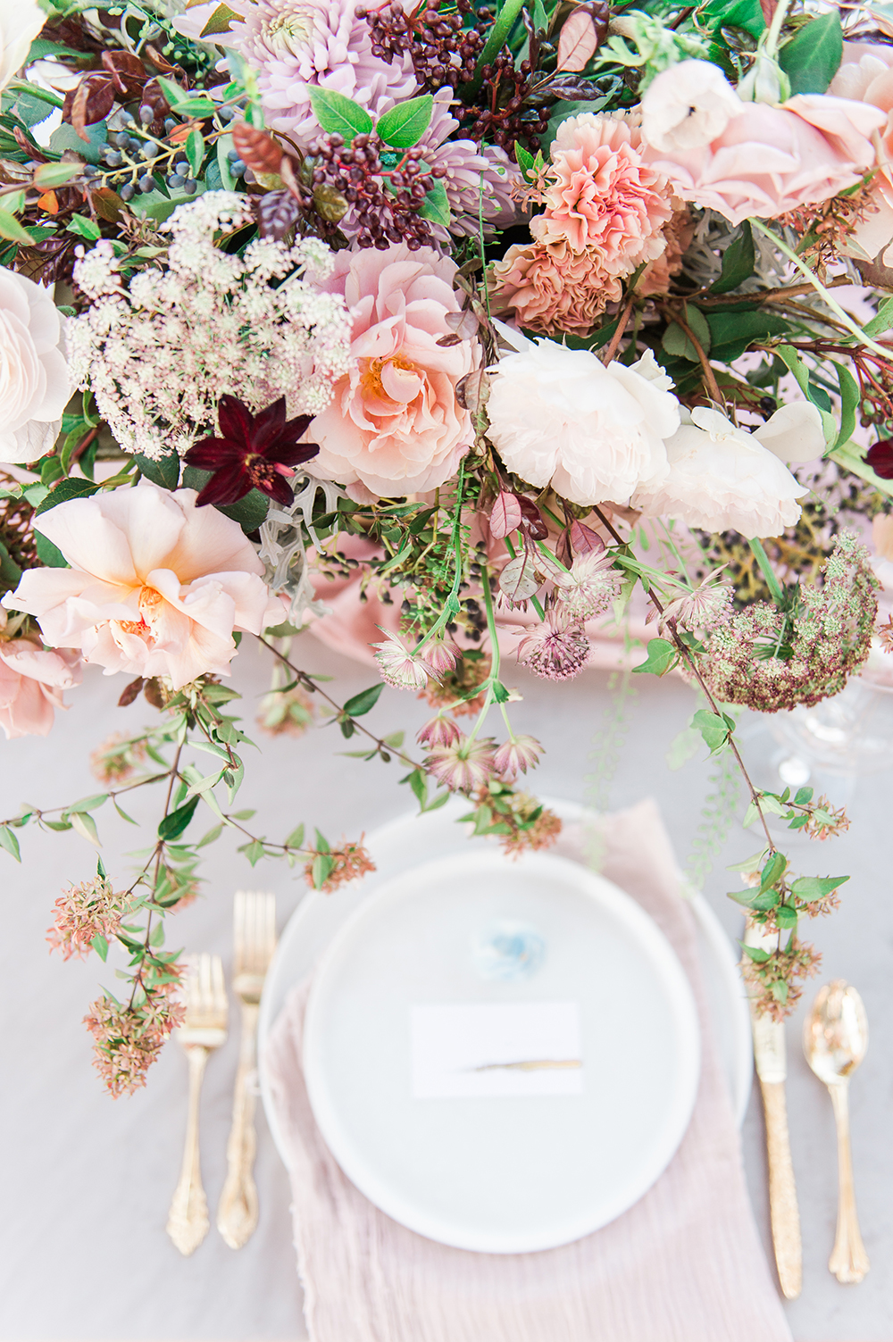 Ethereal Wedding Inspiration with Vintage Accents | Wedding